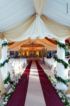 Beautiful aisle for an Indian wedding