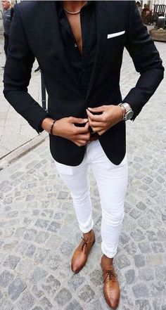 Men'S black custom sport coat with custom black shirt and black white jeans and brown leather dress shoes with silver watch. Mens Fashion Suits, Mens Suits, Fashion Shirts, Cool Shirts, Casual Shirts, Simple Shirts, Casual Blazer, Black And White Jeans, Mens White Jeans