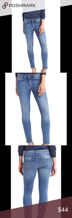 SALE OFFER 🆕GAP  TRUE SKINNY JEANS(28r) Gap Authentic true skinny mid rise stretch jeans for women's. Size is 28 r..Gap slimmest cut . Made to flatter. Premium denim with medium stretch. Medium indigo wash. Fit : Skinny through the hip & thigh. Cut - Mid rise . Leg opening - Skinny . Material : 87% cotton, 12% polyester , 1% spandex. Machine wash. Zip fly, button closure . Five pockets styling . Gap Jeans Skinny