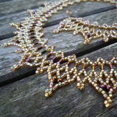 Daggers Necklace Beadwork Pattern/Tutorial by BearlyBeaded on Etsy, £3.50
