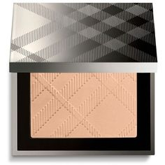 Burberry Nude Powder Porcelain No.11 (64 CAD) ❤ liked on Polyvore featuring beauty products, makeup, face makeup, face powder and burberry