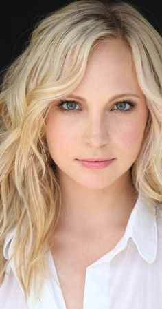 Candice Accola born on May 1987 in Houston, Texas, USA as Candice Rene Accola. She is an actress and producer, known for Juno Deadgirl and The Vampire Diaries The Vampire Diaries, Vampire Diaries The Originals, Caroline Forbes, Candice Accola, Candice King, Actrices Sexy, Quick Hairstyles, Woman Crush, Beautiful Actresses