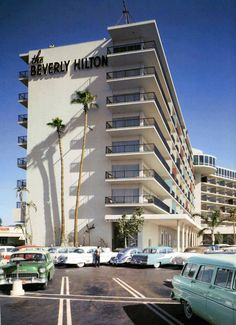 Opened 1953The Beverly Hilton | Architect:Welton Becket |9876 Wilshire Boulevard Beverly Hills, CA 90210- Via