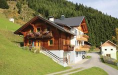 Holiday Home Steinfeld with Mountain View IX Steinfeld Set in Steinfeld, this holiday home features a children's playground. The unit is 45 km from Bad Kleinkirchheim.  The unit equipped with a kitchen with a dishwasher and microwave. A TV with satellite channels is offered.