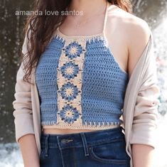 Amanda Love Santos – Sharing my makings to encourage the creative spirit in everyone. Crochet Halter Tops, Crochet Tunic, Crochet Crop Top, Crochet Clothes, Crop Top Pattern, Crochet Woman, Sun Valley, Dress Patterns, Bikini