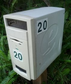 Here's an idea for a mailbox for all the nerds out there :) I love this idea!! :D