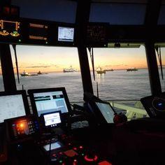 #offshorelife #sunrise #laspalmas #grancanaryisland #spain #morninghasbroken #nightshift #islandoffshore by janhelgegrindhaug