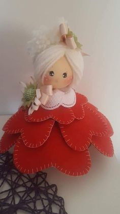 Felt Crafts, Diy And Crafts, Arts And Crafts, Christmas Crafts, Xmas, Christmas Ornaments, Clothespin Dolls, Valentines Day, Fairy