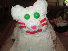 Up close of our Daniel Tiger cake