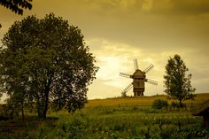 There are so many mysteries inside lets go explore the windmill and tell stories inside...