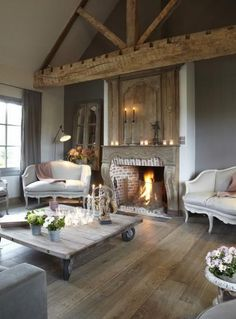 35 Stunning Living Room Design Ideas With Wooden Beams - Page 10 of 32 Chic Living Room, Cozy Living Rooms, Home And Living, Living Room Decor, Living Spaces, Living Area, Dining Room, Home Interior, Interior Design