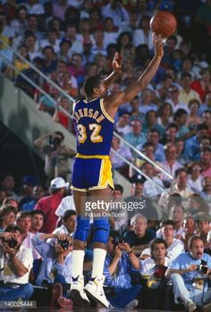 Fotografia de notícias : Earvin Magic Johnson of the Los Angeles Lakers...