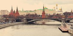 The Compleat Traveller: A Tale of Too Many Moscow's