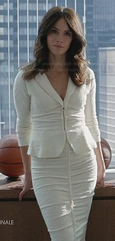 Dana's white tweed peplum jacket and matching skirt on Suits.  Outfit Details: http://wornontv.net/30560/ #Suits