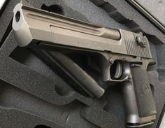 1 million+ Stunning Free Images to Use Anywhere Weapons Guns, Guns And Ammo, 44 Magnum, Revolver Pistol, Desert Eagle, Weapon Of Mass Destruction, Free To Use Images, Fire Powers, Cool Guns