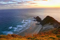 Beautiful sunrise at Cape Reinga in New Zealand 😍 🇳🇿 Beautiful Sunrise, Travel Memories, New Zealand, Cape, Outdoor, Instagram, Mantle, Outdoors, Cabo