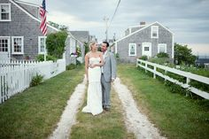 http://www.inspiredbythis.com/2011/06/inspired-by-a-nautical-nantucket-wedding/ @stacey hedman photography #nantucket homes
