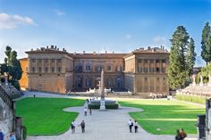 The Boboli Gardens go from the Pitti Palace hill down to the Porta Romana making it one of the largest Italian style gardens. Florence Italy, Italian Style, Park City, Business Design, Palace, Gardens, Europe, Stock Photos, Mansions