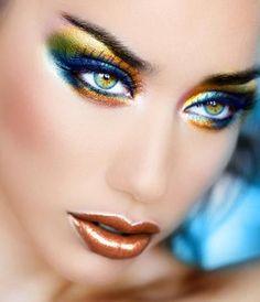 colorful eye make up....pretty!
