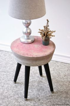 DIY cement side table. Tutorial.