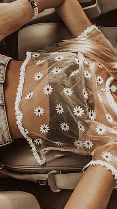 trendy outfits for summer & trendy outfits . trendy outfits for school . trendy outfits for summer . trendy outfits for women . Teen Fashion Outfits, Mode Outfits, Girl Outfits, Style Fashion, Paris Outfits, Preteen Fashion, Outfit Ideas Summer, Fashion Clothes, Cute Summer Outfits For Teens