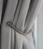 100% Linen curtain in shady bleu by RoedesOnline.nl - Interieur.Me