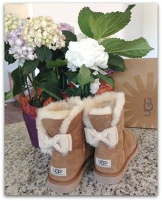 super website  for snow boots sale $39 for black friday,repin this picture and get it soon