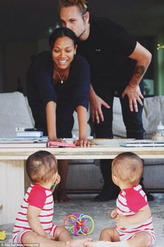 On Sunday, proud new parents Zoe Saldana and Marco Perego shared a family portrait in celebration of their identical sons Bowie and Cy on National Twins Day Familia Interracial, Interracial Family, Beaux Couples, Cute Couples, Beautiful Family, Family Love, Baby Family, Beautiful Moments, National Twin Day