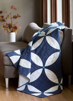 """Midnight Blue quilt pattern, 60 x 72"""", mock double wedding ring design, from Love of Quilting by Fons and Porter"""