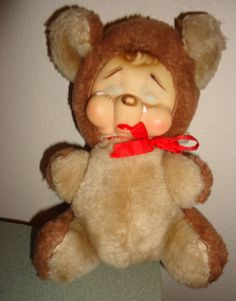 Vintage cry bear Rushton rubber face stuffed toy by CANDYLEMON