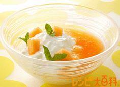 クレーム・ヨーグルトのメロンソース Cantaloupe, Pudding, Fruit, Desserts, Recipes, Food, Tailgate Desserts, Deserts, Custard Pudding