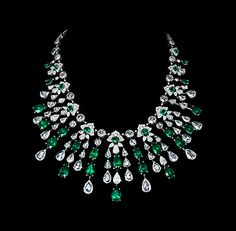 #Emerald & rose-cut #diamond fringe #necklace by David Morris Follow #me here on #Pinterest:   @EstellaSeraphim #EstellaSeraphim #lifestyle #Muah