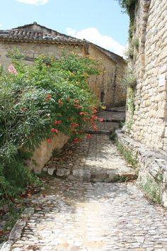 La Roque sur Cèze ...un des plus beaux village de France Languedoc Roussillon