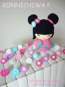 "Grandma's street: ""Hanako"" the little kokeshi Knitted Dolls, Crochet Dolls, Amigurumi Patterns, Amigurumi Doll, Cute Crochet, Crochet Crafts, Crochet Doll Pattern, Crochet Patterns, Kokeshi Dolls"