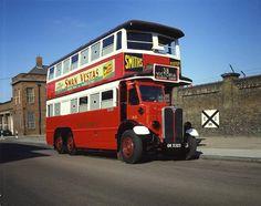 Wartime London Transport Bus