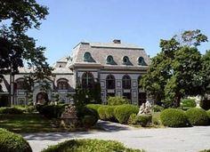 659 Bellevue Ave, Newport, RI   Belcourt Castle