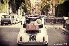 http://bittersweetsposi.com/ A really old Fiat 500! #wedding #Italy #Fiat500