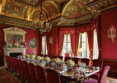 The William Kent Room offers an awe-inspiring dining room decorated in Italian Renaissance style with a simply spectacular ceiling. This is the signature private dining room of The Ritz London with views across