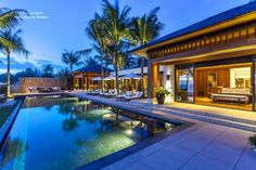 Villa Nandana is a breathtaking stand-alone oceanfront residence set within expansive ground floor living spaces. With bedrooms that all slide open onto the lush gardens where a 20-metre infinity pool is surrounded by comfortable cushioned loungers with a wide lawn fronting the beach. #Villanandana #NataiBeachVillas #luxuryVilla #LuxuryLife #Thailand