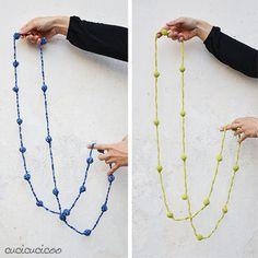 Ball & Chain: a crochet necklace pattern by www.cucicucicoo.com ༺✿ƬⱤღ https://www.pinterest.com/teretegui/✿༻