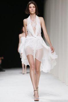 Nina Ricci Ready To Wear Spring Summer 2014 Paris - NOWFASHION