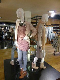 Presentie in de winkel, met kleding van Moscow