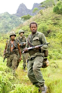Brandon T. Jackson as Alpa Chino, Jay Baruchel as Kevin Sandusky & Robert Downey Jr. as Kirk Lazarus - Tropic Thunder #film #movie #action