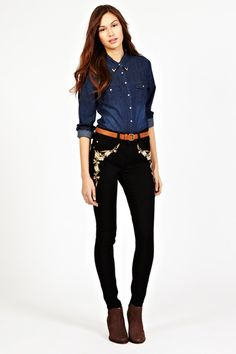 Lola Embroidered Jeans