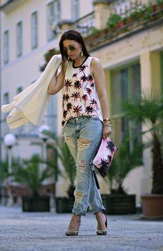 http://claudinero.weebly.com/fashion-blog/palms1
