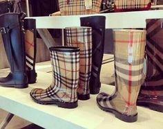 Burberry rain boots ♥_♥