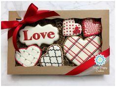 Valentine's Day Sugar Cookies, Sugar Cookie Royal Icing, Iced Cookies, Cute Cookies, Cookies Et Biscuits, Cupcake Cookies, Valentines Day Desserts, Valentine Cookies, Valentine Nails