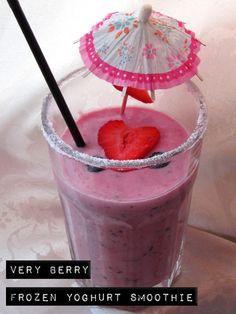 Very Berry Frozen Yoghurt Smoothie