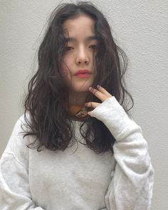 aesthetic, kfashion, and asian image Permed Hairstyles, Easy Hairstyles, Wavy Hair Perm, Easy Everyday Hairstyles, Dye My Hair, Hair Images, Hair Designs, Hair Inspo, Hair Looks
