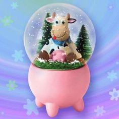 Funny cow snowglobe